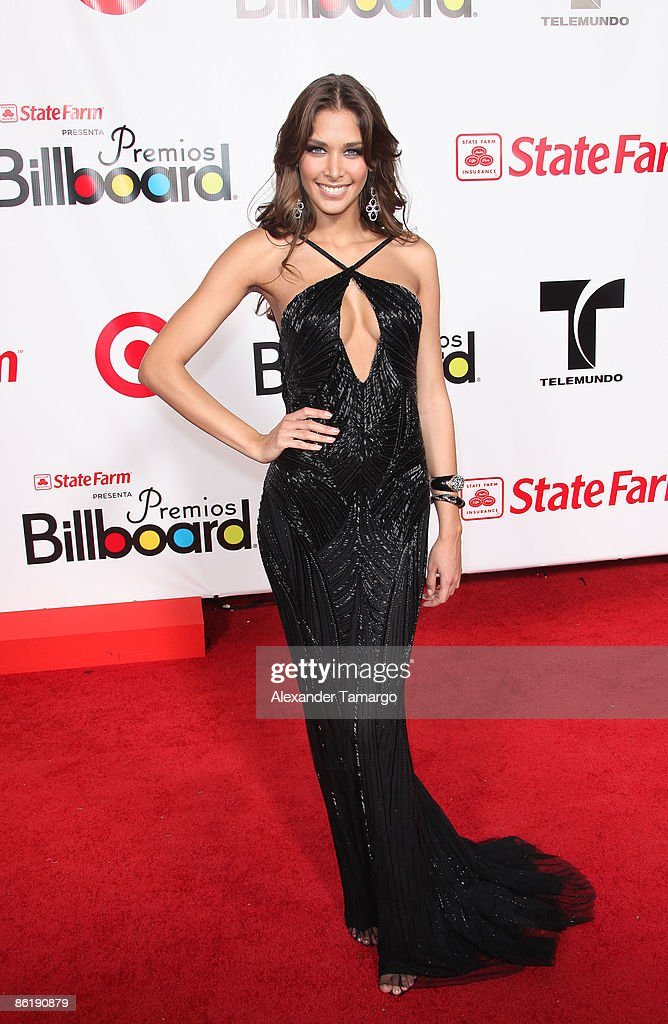 2009 Billboard Latin Music Awards - Arrivals