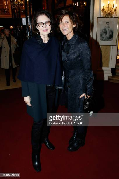 Dayle Haddon and Sylvie Rousseau attend the 'Ramses II' Theater Play at Theatre des Bouffes Parisiens on October 23 2017 in Paris France