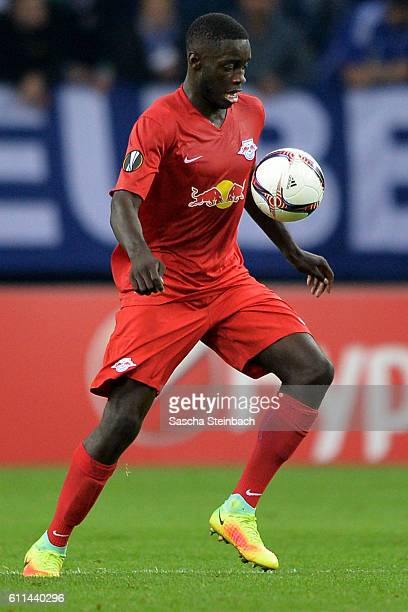 Dayot Upamecano of Salzburg controls the ball during the UEFA Europa League match between FC Schalke 04 and FC Salzburg at VeltinsArena on September...