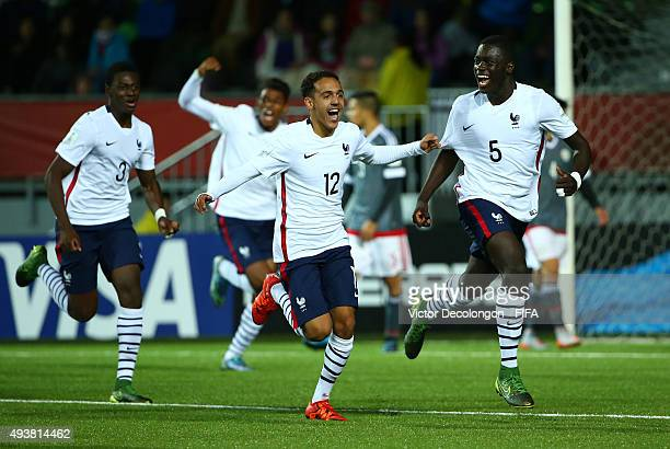 Dayotchanculle Upamecano of France and his teammates celebrate Upamecano's goal against Paraguay during the Paraguay v France Group F FIFA U17 World...