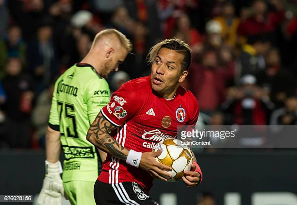 Dayro Moreno of Xolos in action during the quarter finals second leg match between Tijuana and Leon as part of the Torneo Apertura 2016 Liga MX at...