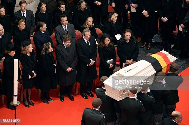 cérémonie de funérailles nationales à la Cathédrale des Saints Michel et Gudule Overlijden van Koningin Fabiola van België begrafenisplechtigheid in...