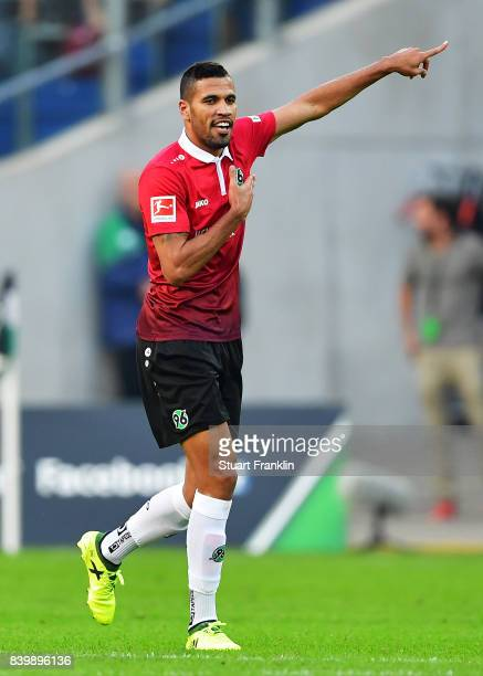 J De Jesus of Hannover 96 celebrates scoring a goal during the Bundesliga match between Hannover 96 and FC Schalke 04 at HDIArena on August 27 2017...