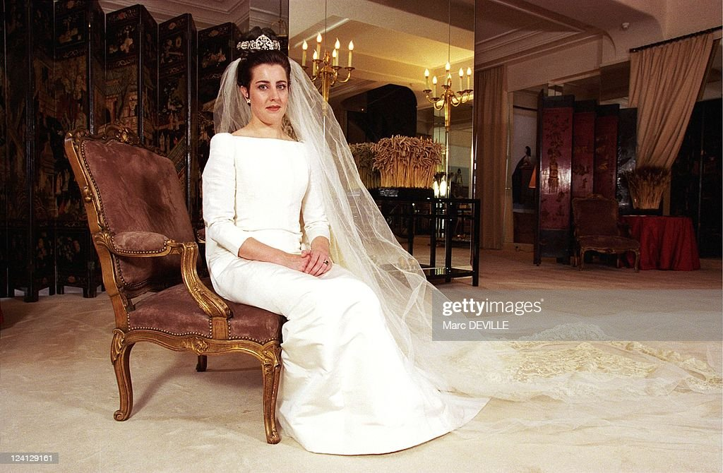 M de rohan chabot tried on wedding dress at chanel in for Wedding dresses in paris france
