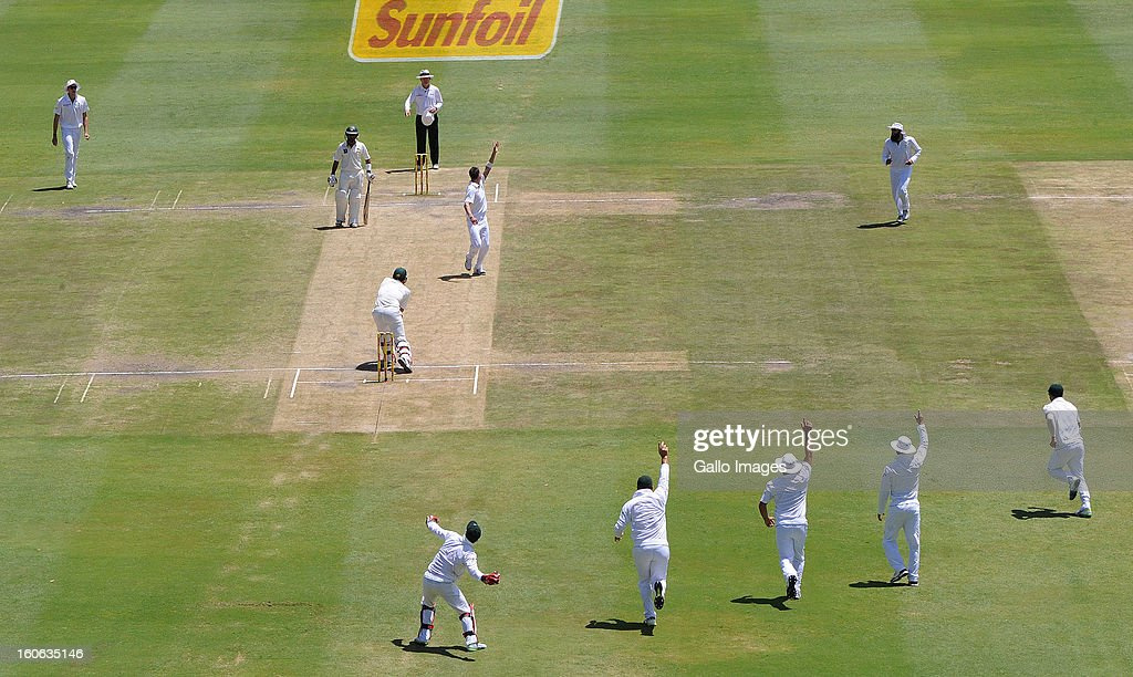 AB de Villiers of South Africa celebrates another wicket during day 4 of the 1st Test match between South Africa and Pakistan at Bidvest Wanderers Stadium on February 4, 2013 in Johannesburg, South Africa.