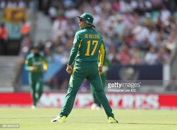 De Villiers of South Africa celebrates taking the wicket of Kusal Mendis of Sri Lanka during the ICC Champions Trophy Group B match between Sri Lanka...