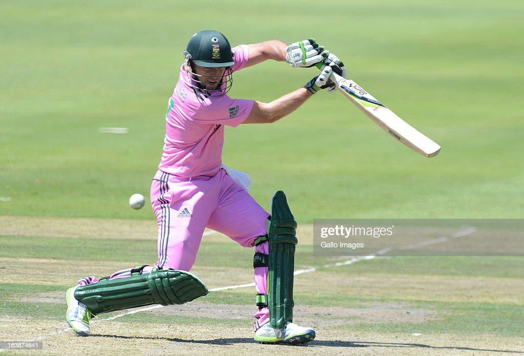 AB de Villiers of South Africa cuts a delivery during the 3rd Momentum ODI match between South Africa and Pakistan at Bidvest Wanderers Stadium on March 17, 2013 in Johannesburg, South Africa.
