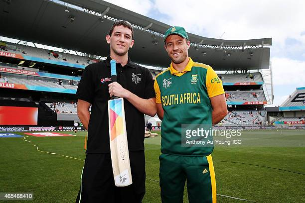 AB de Villiers of South Africa poses for a photo with the Pepsi mascot prior to the 2015 ICC Cricket World Cup match between South Africa and...