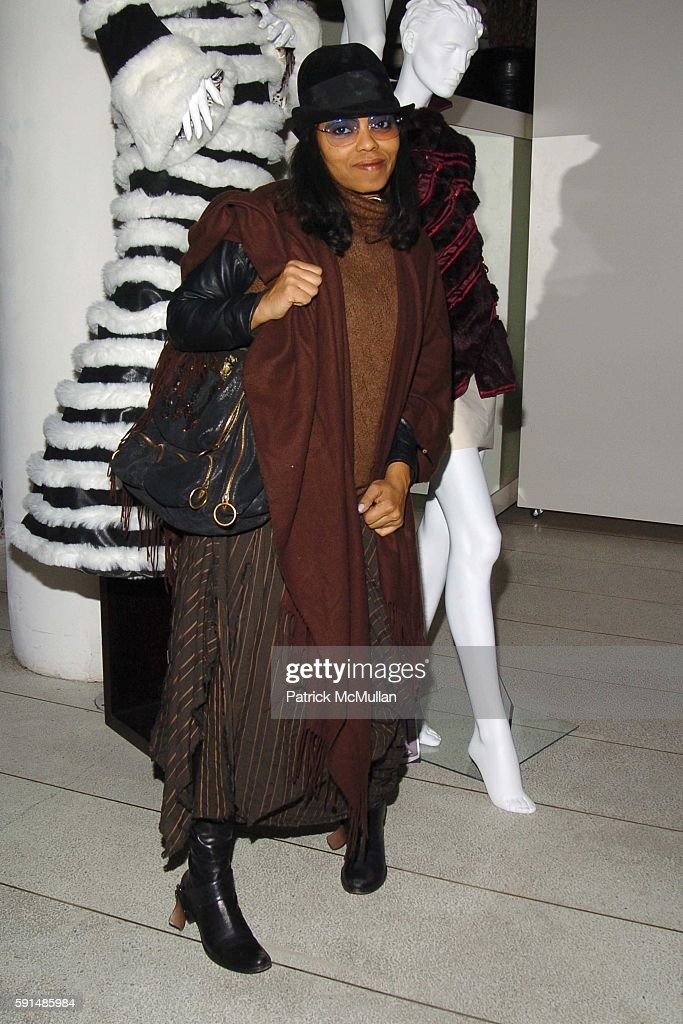 Dea Davenport attends COOL vs CRUEL Fashion Design Contest Awards presented by The Humane Society of the United States and The Art Institutes at...