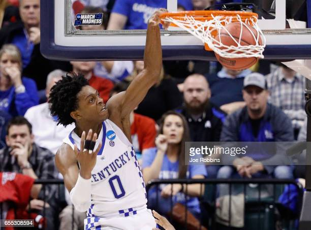 De'Aaron Fox of the Kentucky Wildcats dunks against the Wichita State Shockers in the second half during the second round of the 2017 NCAA Men's...