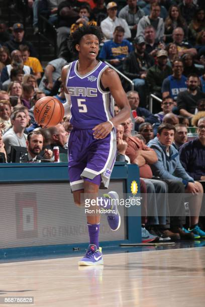 De'Aaron Fox of the Sacramento Kings handles the ball against the Indiana Pacers on October 31 2017 at Bankers Life Fieldhouse in Indianapolis...