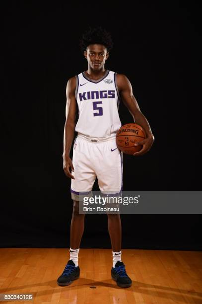 De'Aaron Fox of the Sacramento Kings poses for a photo during the 2017 NBA Rookie Photo Shoot at MSG training center on August 11 2017 in Tarrytown...