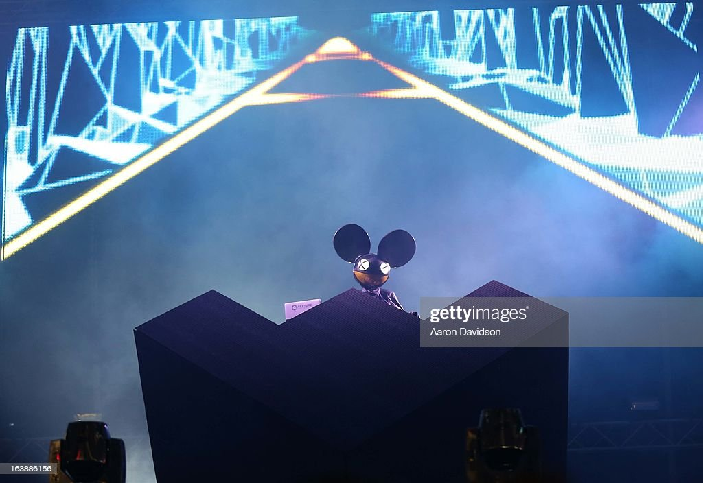 Deadmau5 performs at Ultra Music Festival - Weekend 1 at Bayfront Park Amphitheater on March 16, 2013 in Miami, Florida.