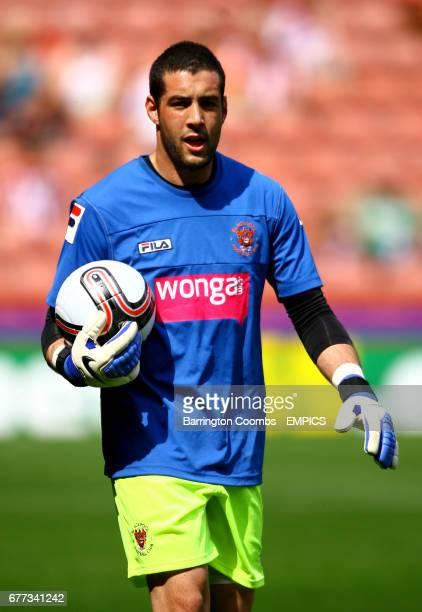 Dean Bouzanis Blackpool goalkeeper