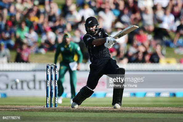 Dean Brownlie of New Zealand bats during the First One Day International match between New Zealand and South Africa at Seddon Park on February 19...