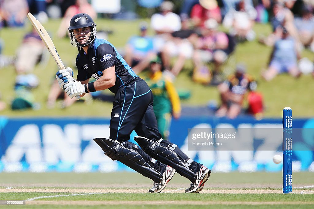 Dean Brownlie of New Zealand plays the ball away for four runs during the One Day International match between New Zealand and South Africa at Bay Oval on October 21, 2014 in Mount Maunganui, New Zealand.