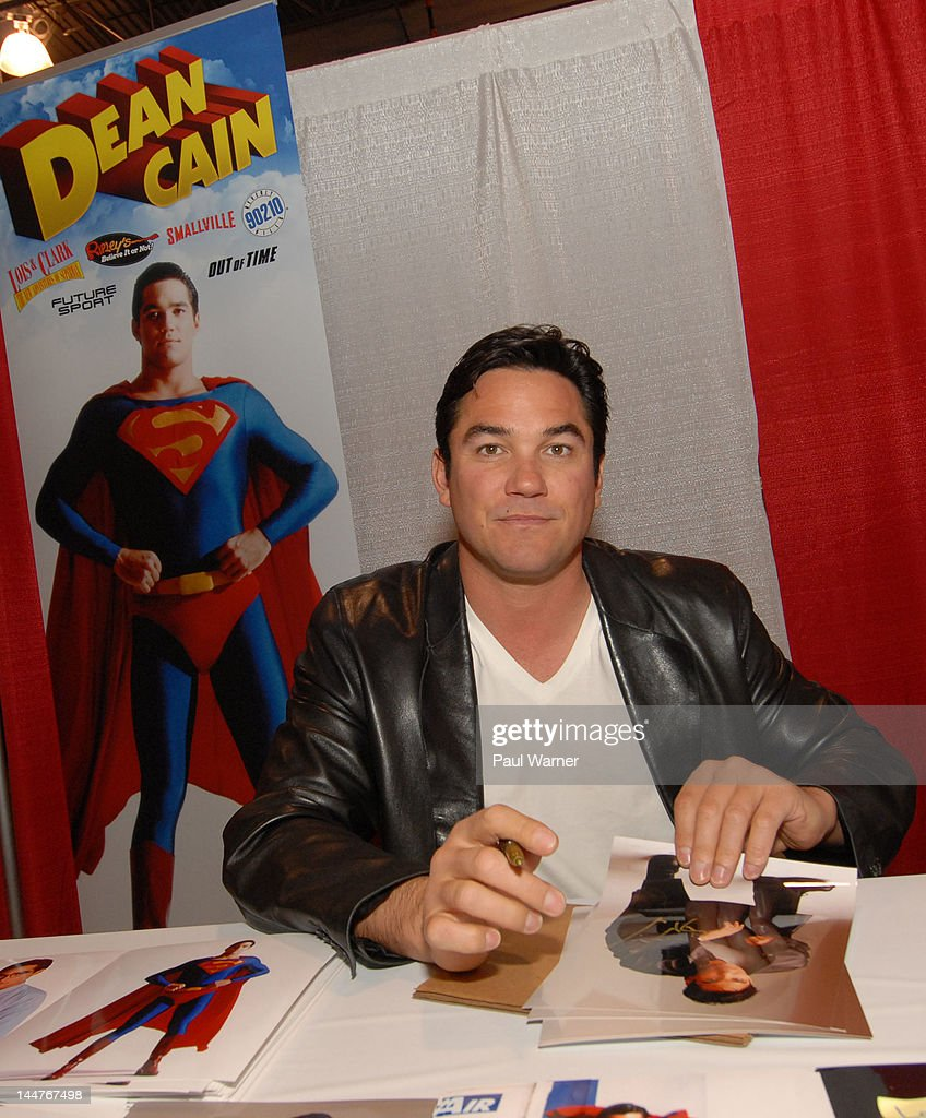 Dean Cain attends day 1 of Motor City Comic Con 2012 at the Suburban Collection Showplace on May 18, 2012 in Novi, Michigan.