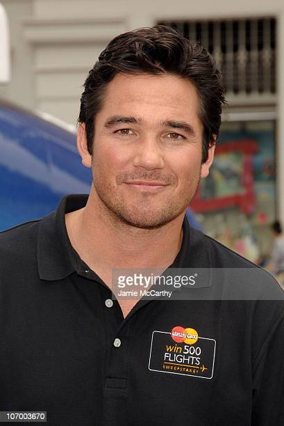 Dean Cain during Dean Cain Provides Priceless NYC Tips to Kick Off the MasterCard 'Win 500 Flights' National Sweepstakes at Union Square in New York...