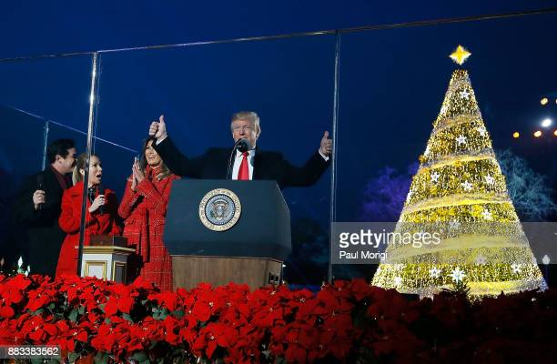Dean Cain Kathie Lee Gifford First Lady Melania Trump and US President Donald Trump light the Christmas Tree at the 95th annual National Christmas...
