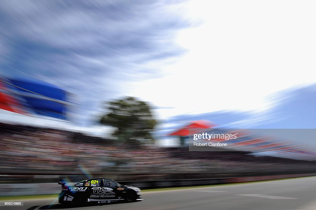 Clipsal Supercars Practice And Qualifying Photos And