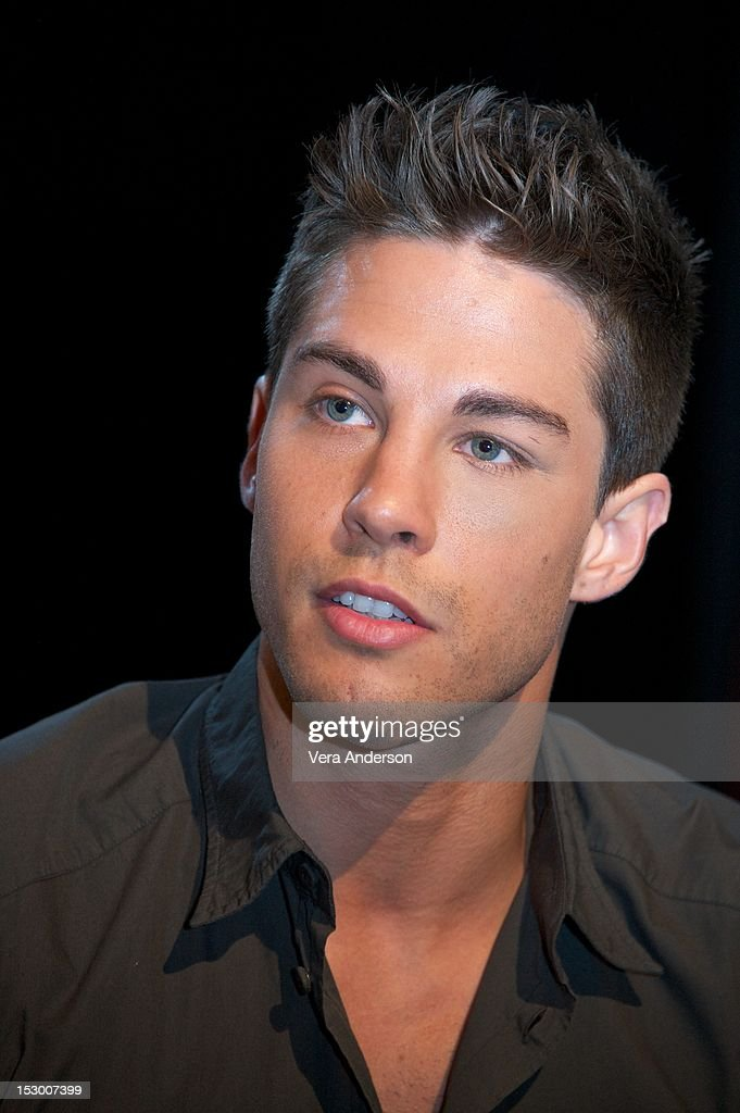 Dean Geyer at the 'Glee' Press Conference at Paramount Studios on September 27 2012 in Hollywood California