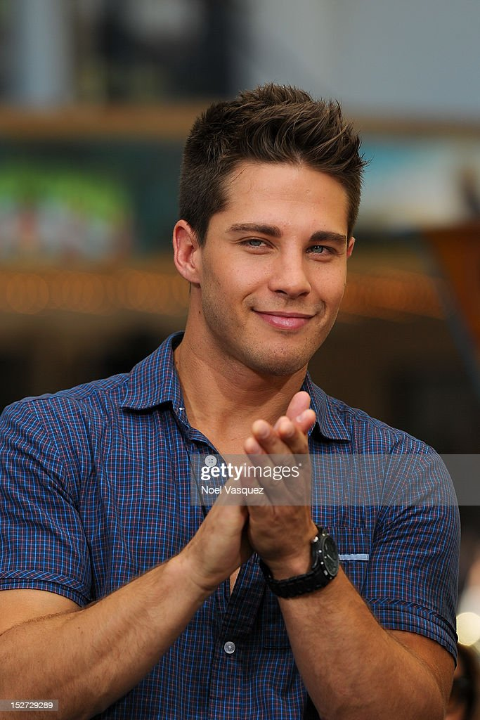 Dean Geyer visits 'Extra' at The Grove on September 24 2012 in Los Angeles California