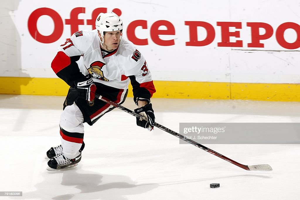 Dean McAmmond #37 of the Ottawa Senators handles the puck against the Florida Panthers at the Bank Atlantic Center on January 22, 2008 in Sunrise, Florida.