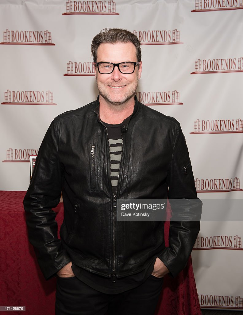 """Dean McDermott Signs Copies Of His Book """"The Gourmet Dad"""""""