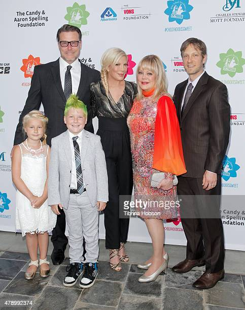Dean McDermott Tori Spelling and their children Candy Spelling and Randy Spelling attend LA's Best annual family dinner 2015 at Skirball Cultural...
