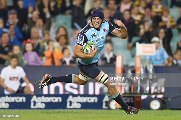 Dean Mumm of the Waratahs celebrates scoring a try during the round 12 Super Rugby match between the Waratahs and the Bulls at Allianz Stadium on May...