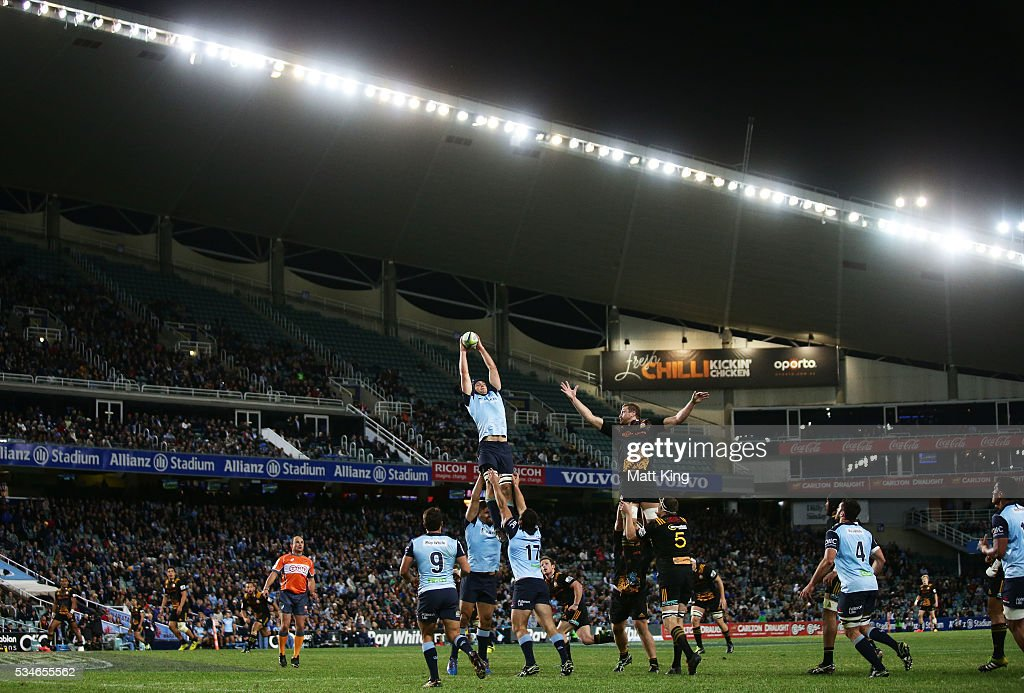<a gi-track='captionPersonalityLinkClicked' href=/galleries/search?phrase=Dean+Mumm&family=editorial&specificpeople=612132 ng-click='$event.stopPropagation()'>Dean Mumm</a> of the Waratahs jumps at the lineout during the round 14 Super Rugby match between the Waratahs and the Chiefs at Allianz Stadium on May 27, 2016 in Sydney, Australia.