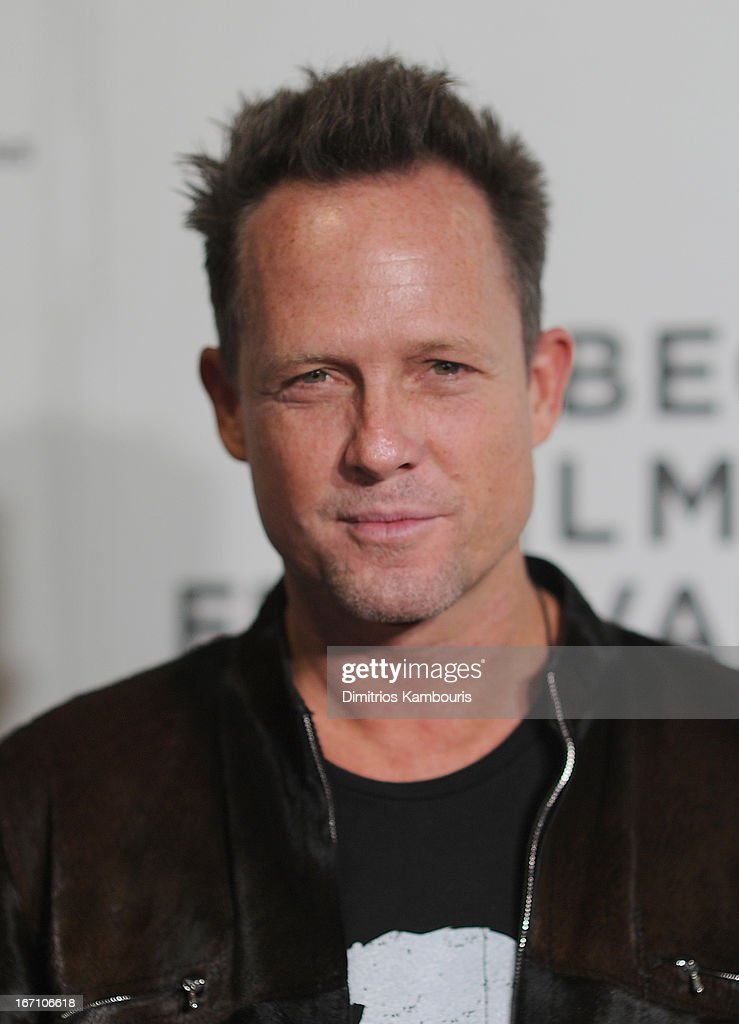<a gi-track='captionPersonalityLinkClicked' href=/galleries/search?phrase=Dean+Winters&family=editorial&specificpeople=213293 ng-click='$event.stopPropagation()'>Dean Winters</a> attends the screening of 'Sunlight Jr.' during the 2013 Tribeca Film Festival at BMCC Tribeca PAC on April 20, 2013 in New York City.