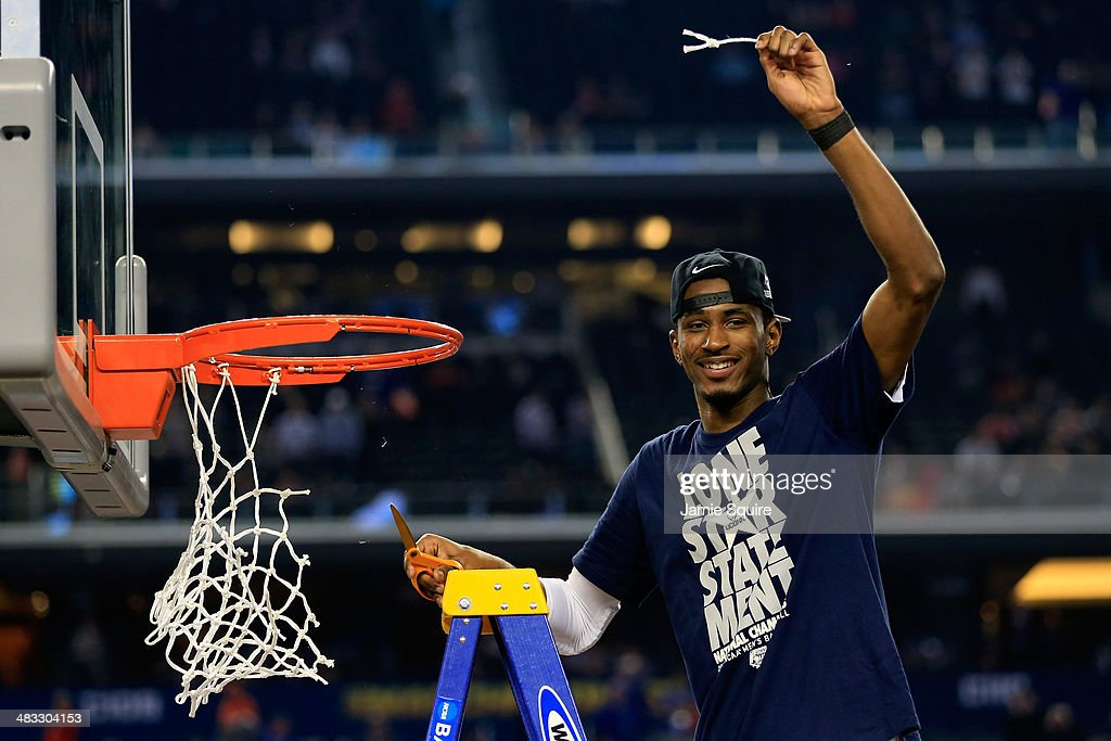 <a gi-track='captionPersonalityLinkClicked' href=/galleries/search?phrase=DeAndre+Daniels&family=editorial&specificpeople=8607612 ng-click='$event.stopPropagation()'>DeAndre Daniels</a> #2 of the Connecticut Huskies cuts the net after defeating the Kentucky Wildcats 60-54 in the NCAA Men's Final Four Championship at AT&T Stadium on April 7, 2014 in Arlington, Texas.