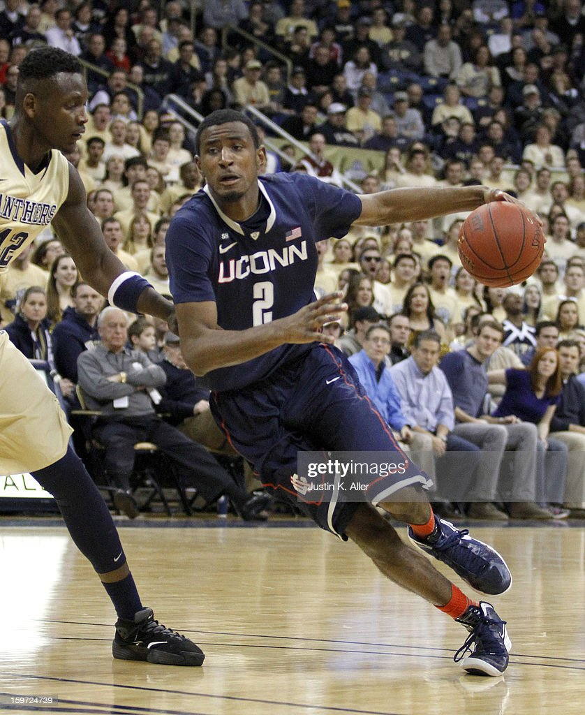 DeAndre Daniels #2 of the Connecticut Huskies drives to the basket against the Pittsburgh Panthers at Petersen Events Center on January 19, 2013 in Pittsburgh, Pennsylvania. PITT defeated UCONN 69-61.