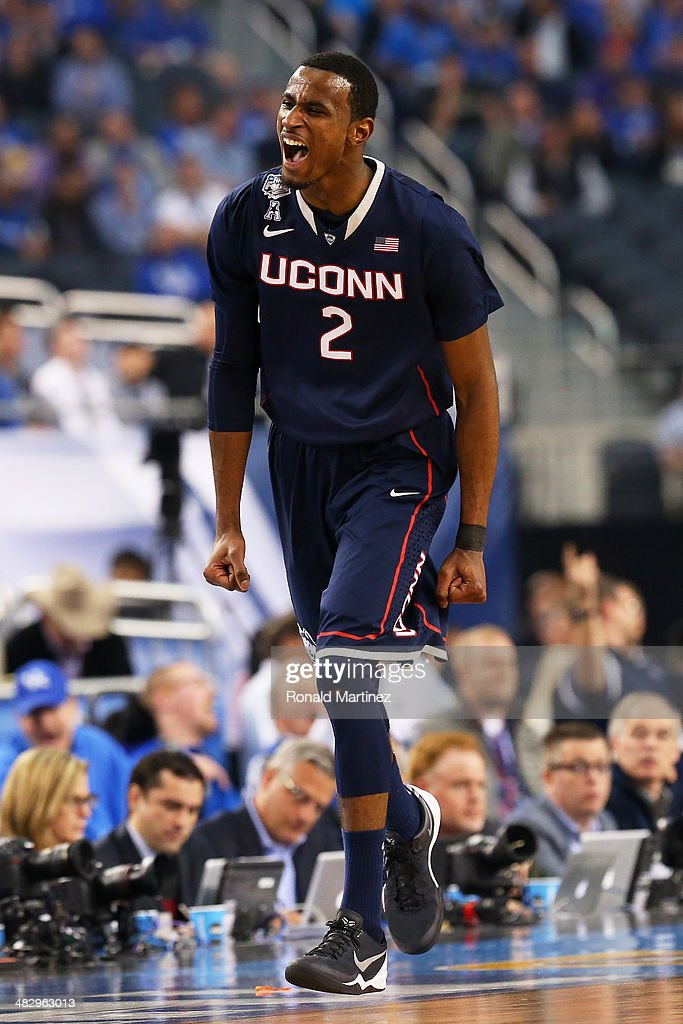 <a gi-track='captionPersonalityLinkClicked' href=/galleries/search?phrase=DeAndre+Daniels&family=editorial&specificpeople=8607612 ng-click='$event.stopPropagation()'>DeAndre Daniels</a> #2 of the Connecticut Huskies reacts after hitting a shot against the Florida Gators during the NCAA Men's Final Four Semifinal at AT&T Stadium on April 5, 2014 in Arlington, Texas.