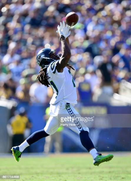 DeAndre Elliott of the Seattle Seahawks makes a catch during the game against the Los Angeles Rams at Los Angeles Memorial Coliseum on October 8 2017...