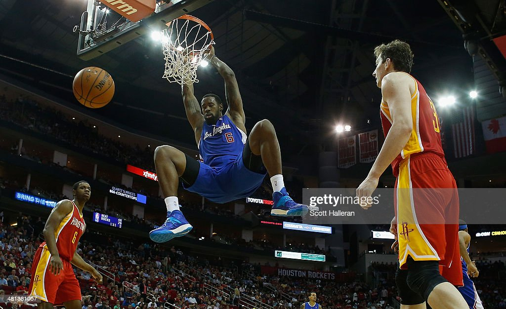 <a gi-track='captionPersonalityLinkClicked' href=/galleries/search?phrase=DeAndre+Jordan&family=editorial&specificpeople=4665718 ng-click='$event.stopPropagation()'>DeAndre Jordan</a> #6 of the Los Angeles Clippers dunks the ball over the Houston Rockets during the game at the Toyota Center on March 29, 2014 in Houston, Texas.