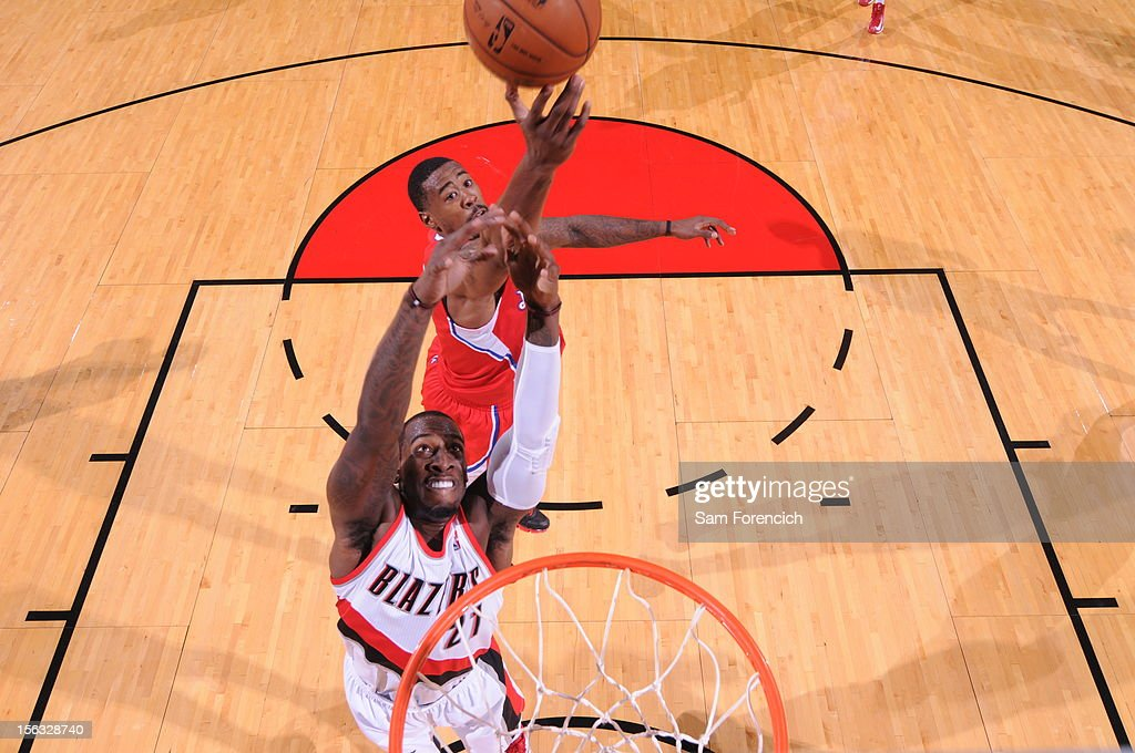 <a gi-track='captionPersonalityLinkClicked' href=/galleries/search?phrase=DeAndre+Jordan&family=editorial&specificpeople=4665718 ng-click='$event.stopPropagation()'>DeAndre Jordan</a> #6 of the Los Angeles Clippers fights for the ball against <a gi-track='captionPersonalityLinkClicked' href=/galleries/search?phrase=J.J.+Hickson&family=editorial&specificpeople=4226173 ng-click='$event.stopPropagation()'>J.J. Hickson</a> #21 of the Portland Trail Blazers on November 8, 2012 at the Rose Garden Arena in Portland, Oregon.