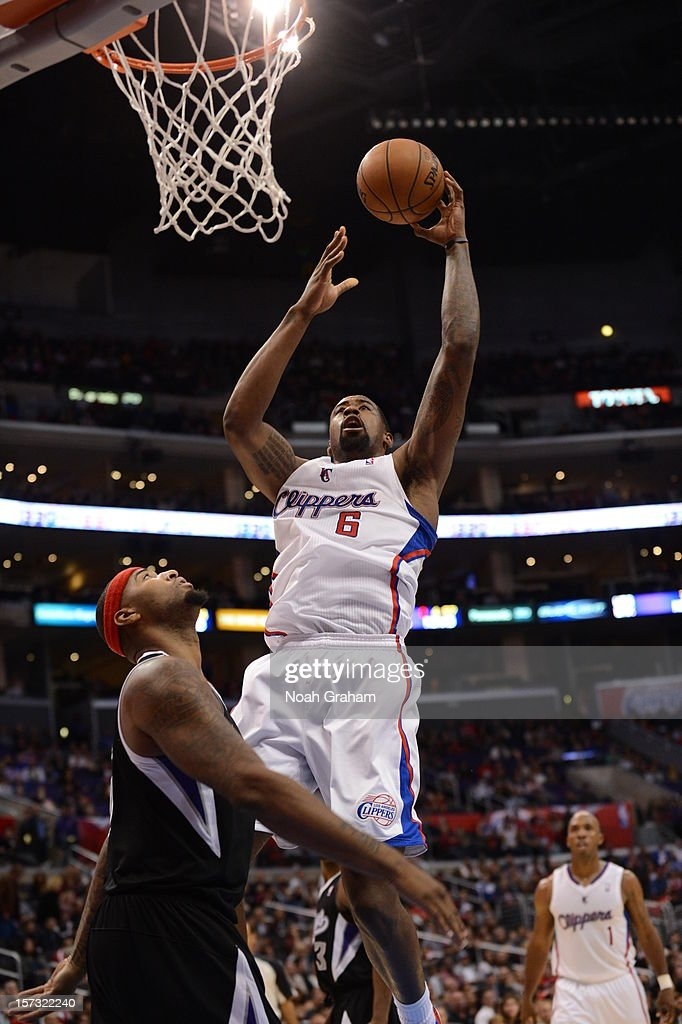 DeAndre Jordan #6 of the Los Angeles Clippers goes to the basket during the game between the Los Angeles Clippers and the Sacramento Kings at Staples Center on December 1, 2012 in Los Angeles, California.