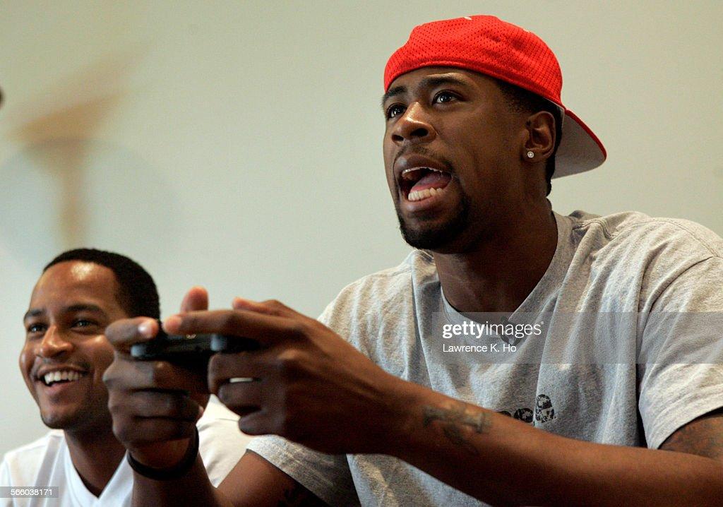 DeAndre Jordan litiga coi ferri anche nel virtuale