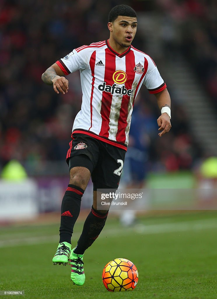 <a gi-track='captionPersonalityLinkClicked' href=/galleries/search?phrase=DeAndre+Yedlin&family=editorial&specificpeople=10292103 ng-click='$event.stopPropagation()'>DeAndre Yedlin</a> of Sunderland in action during the Barclays Premier League match between Sunderland and Manchester United at The Stadium of Light on February 13, 2016 in Sunderland, England.