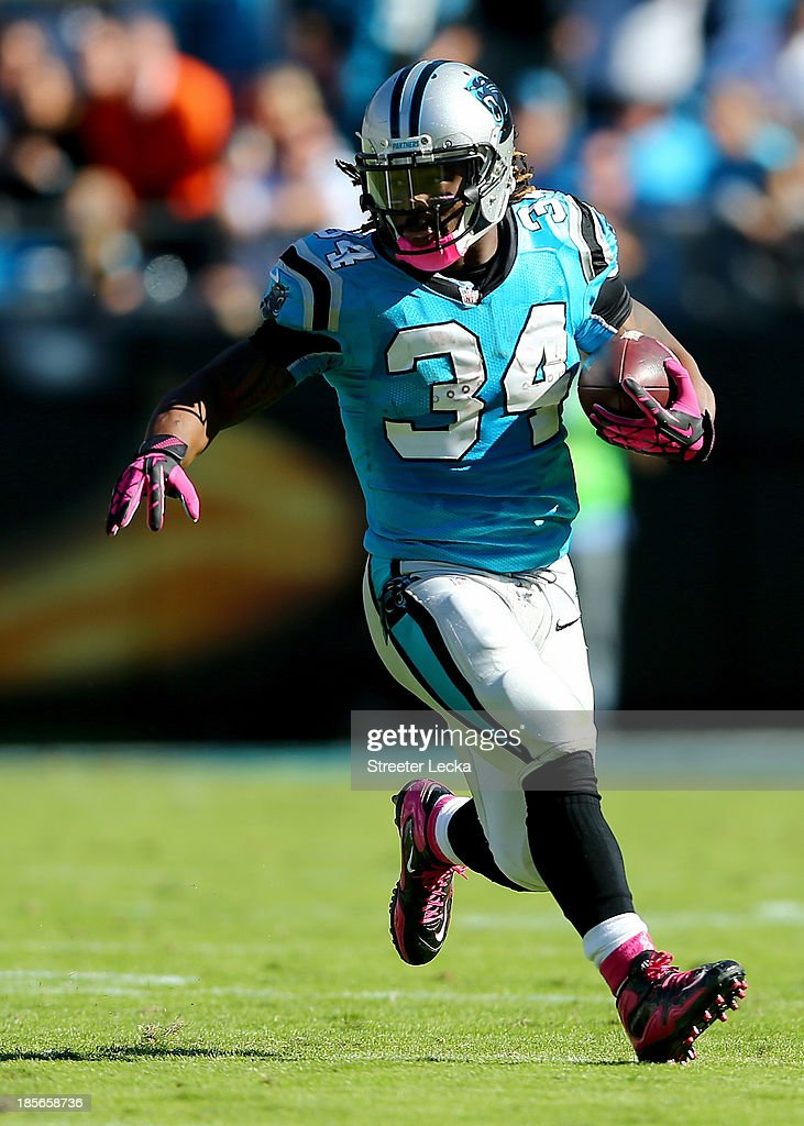 DeAngelo Williams #34 of the Carolina Panthers during their game at Bank of America Stadium on October 20, 2013 in Charlotte, North Carolina.