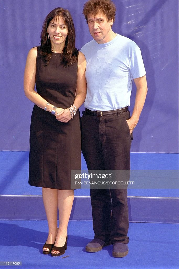 Deauville film festival Photocall of 'Guinevre' in Deauville France in September 1999 Audrey Wells and Stephen Rea