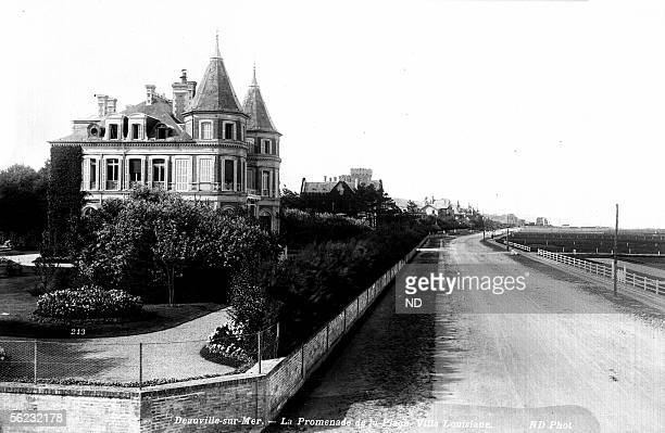 Deauville The Louisiana villa on the walk of the beach about 1900 ND 213A