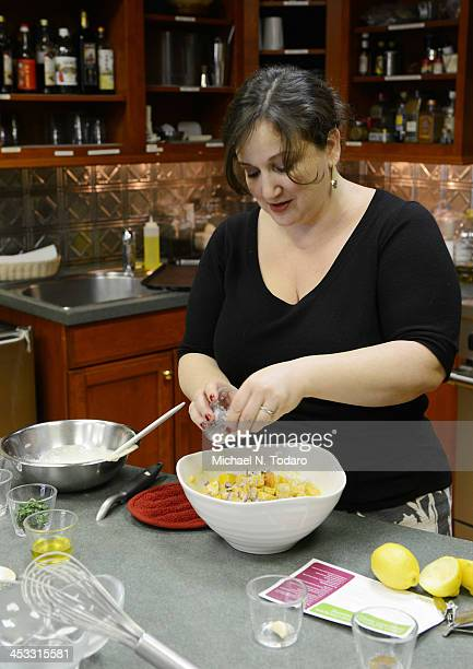 Smitten Kitchen Deb Perelman humana healthy holiday cooking challenge stock photos and pictures