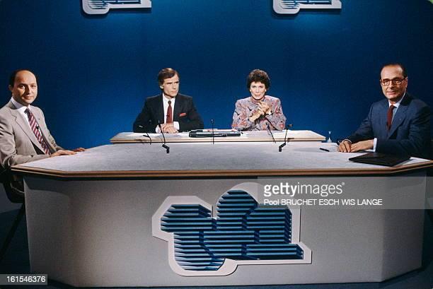 Debate Chirac Fabius On Tf1 Laurent FABIUS PierreLuc SEGUILLON Anne SINCLAIR et Jacques CHIRAC sur le plateau de TF1 Octobre 1985
