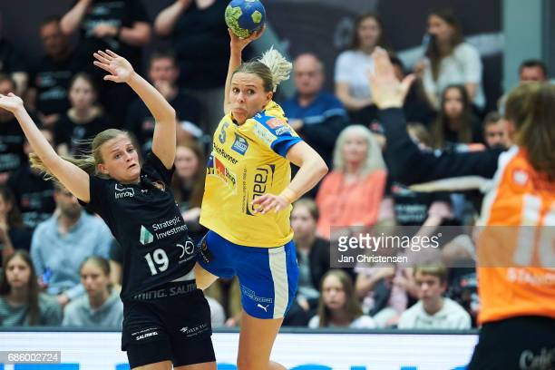 Debbie Bont of Copenhagen Handball and Johanna Westberg of Nykobing Falster Handbold challenge for the ball during Action from the Primo Tours Ligaen...
