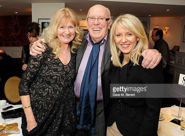 Debbie Moore Richard Wilson and Esther McVey attend the National Youth Theatre's 'A Shepherd's Delight' fundraising dinner hosted by Matt Smith at...