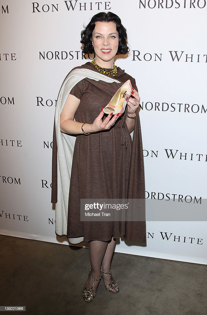 <a gi-track='captionPersonalityLinkClicked' href=/galleries/search?phrase=Debi+Mazar&family=editorial&specificpeople=212937 ng-click='$event.stopPropagation()'>Debi Mazar</a> attends the Ron White shoe collection launch and charity event held at Nordstrom at the Grove on November 17, 2011 in Los Angeles, California.