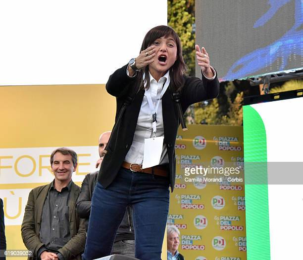 Debora Serracchiani at the event of the 'Si' Committee For The Constitutional Referendum at Piazza del Popolo on October 29 2016 in Rome Italy